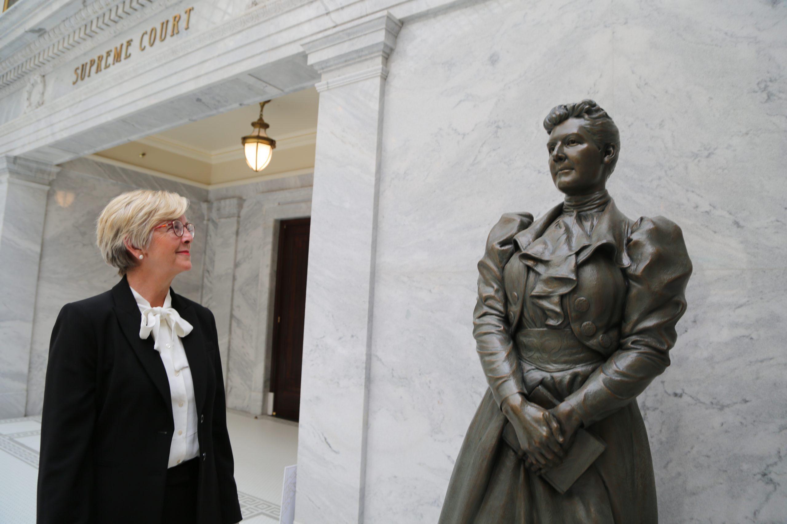 https://beckyforutah.com/wp-content/uploads/2021/07/Becky-Edwards-for-US-Senate-Launch-093-scaled.jpg